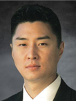 A profile photo of Stephen M. Yu