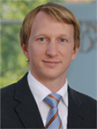 A profile photo of Dr. Niklas Piening 