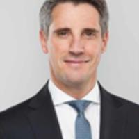 Dr. Oliver Simon