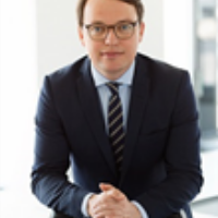 Dr. Fabian Badtke